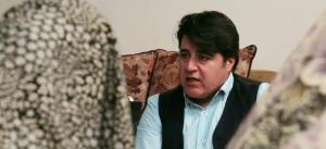 مهدی یغمایی مهمان خانواده یکی از شهدای حرم