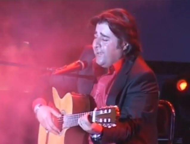 اجرای آهنگ شکایت هجران دکتر محمد اصفهانی توسط مهدی یغمایی